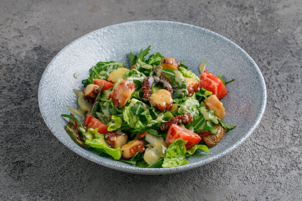 Salad with octopus and sweet potato