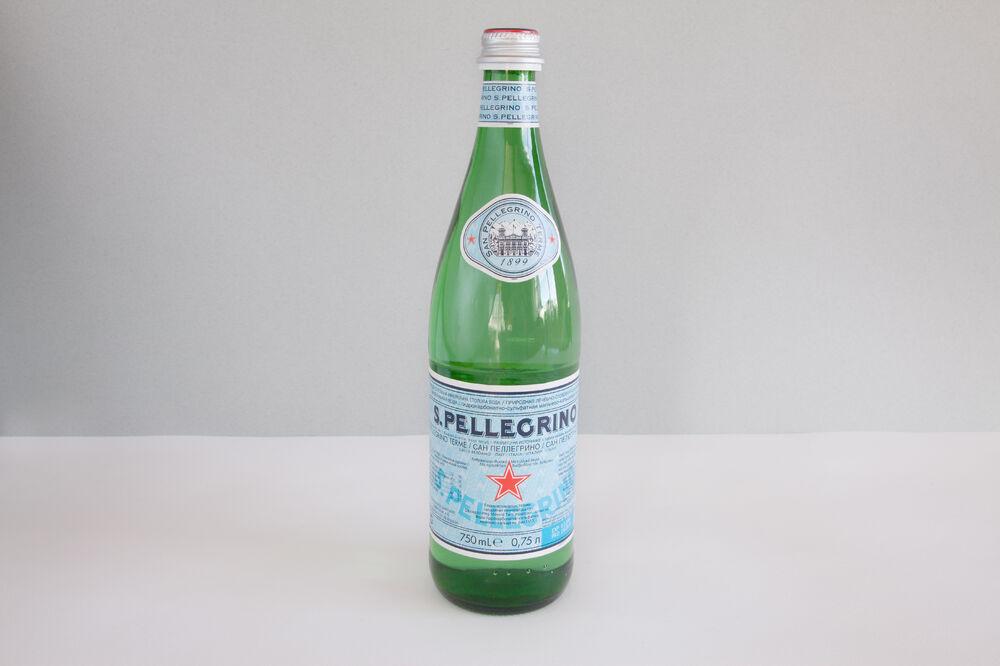 S. Pellegrino sparkling 750 мл