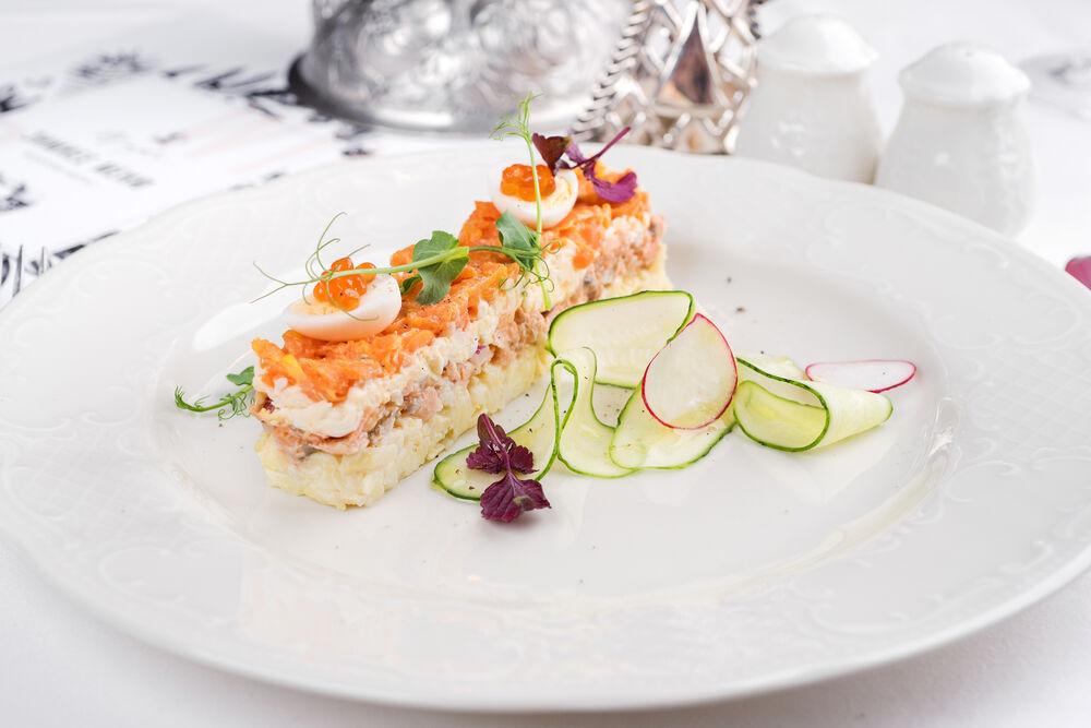 «Mimosa» salad with coho salmon