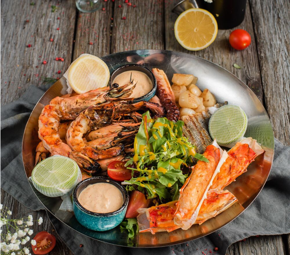 Seafood platter grilled/on ice