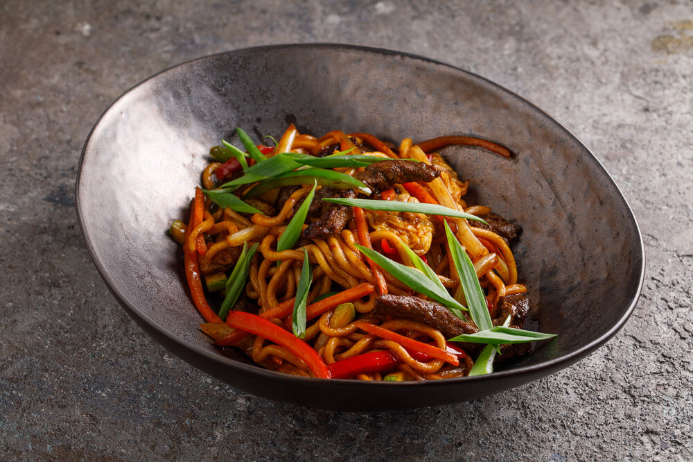 Chao Ming egg noodles with beef