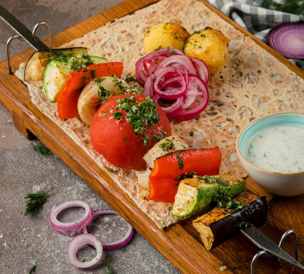 Charcoal grilled vegetable shish-kebab