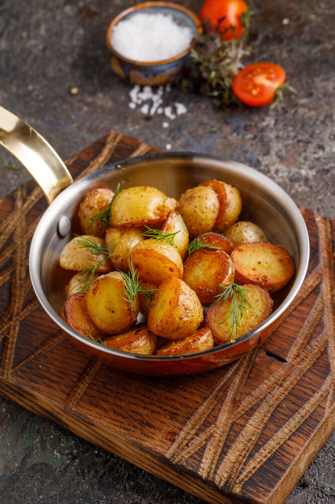 Fried mini-potatoes