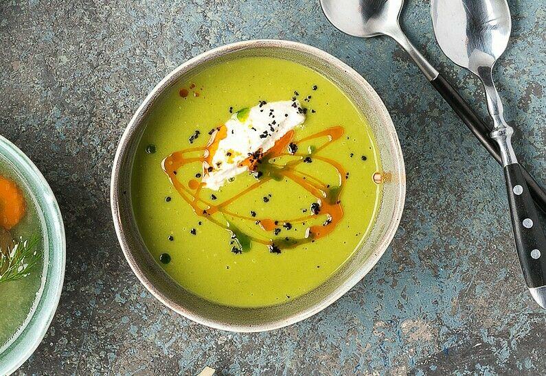 Cream soup of zucchini with smoked Suluguni cheese