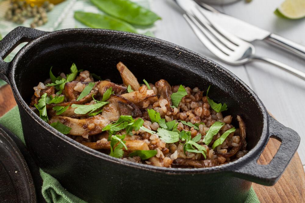 Buckwheat with mushrooms