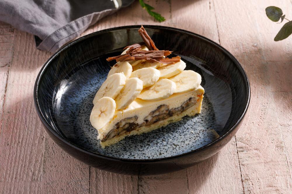 Banana cake