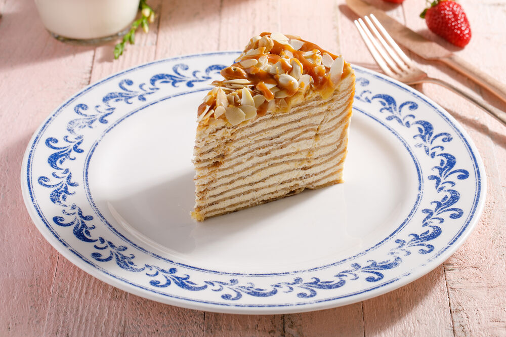 Pancake mille-feuille with baked condensed milk