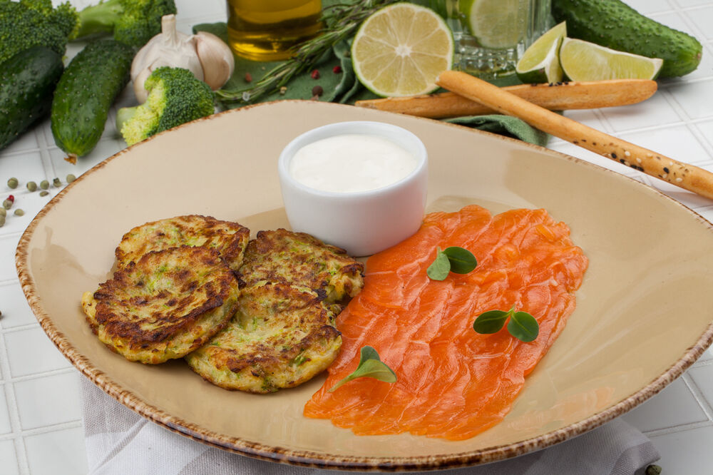 Zucchini pancakes with salted salmon