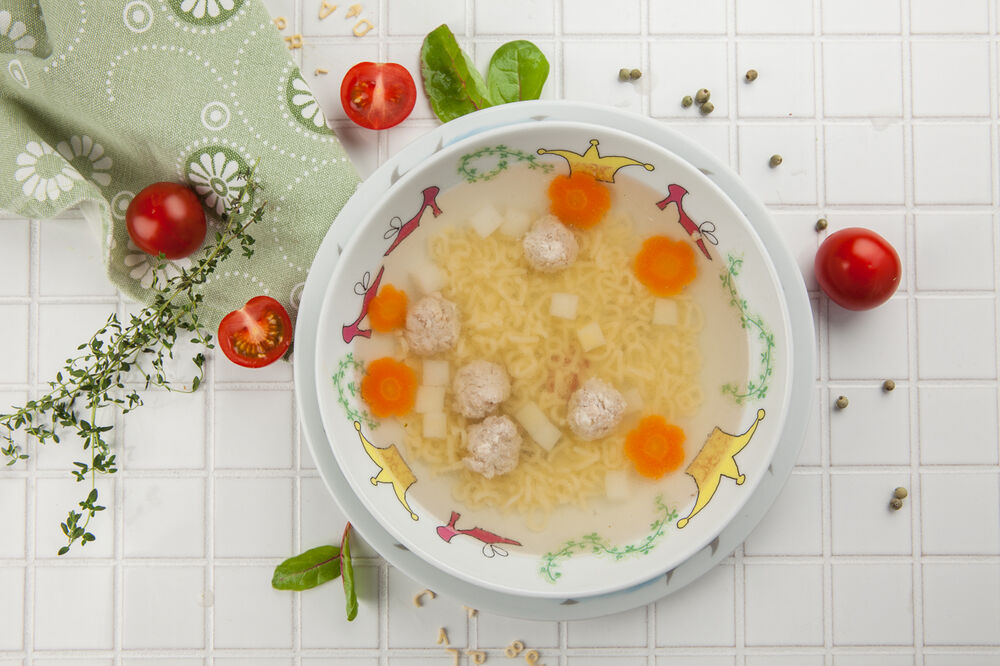 Chicken soup with chicken meatballs