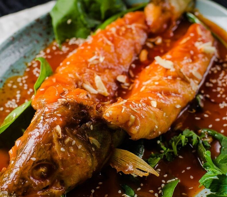 Pike perch in sweet and sour sauce