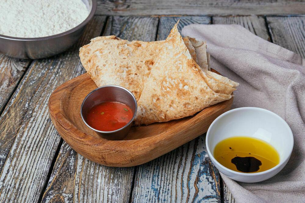 Armenian thin lavash