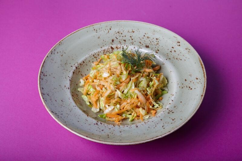 Salad vitamin with sour cream