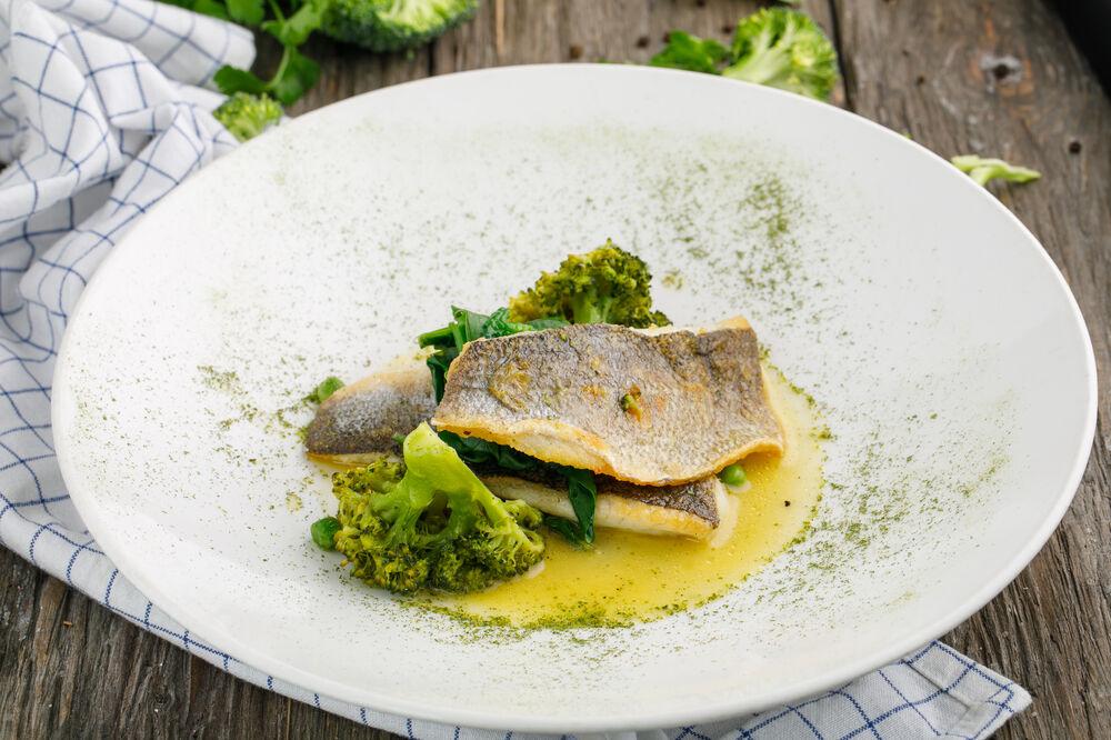 Mediterranean sea bass with broccoli