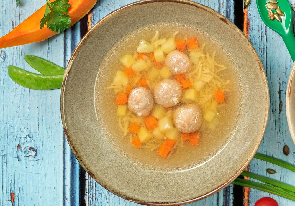 Soup with rabbit meatballs