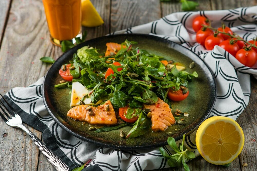 Warm salad with salmon