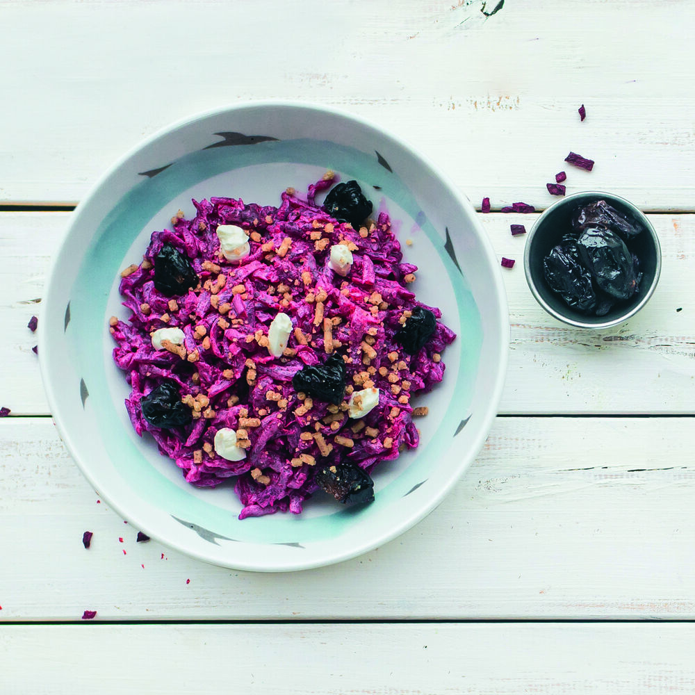 Beetroot salad with dressing (on Your choice)