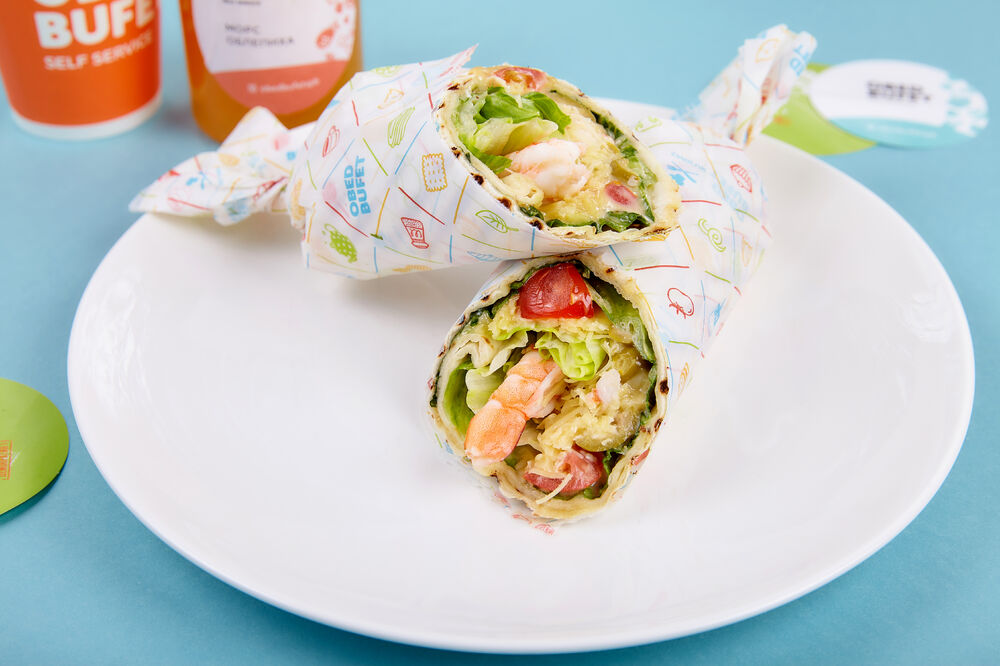 Roll with shrimp and Сaesar sauce