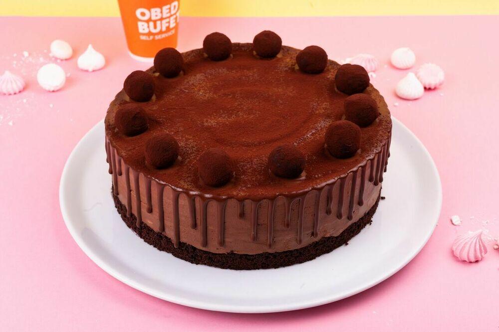 Chocolate brownie cake with truffle