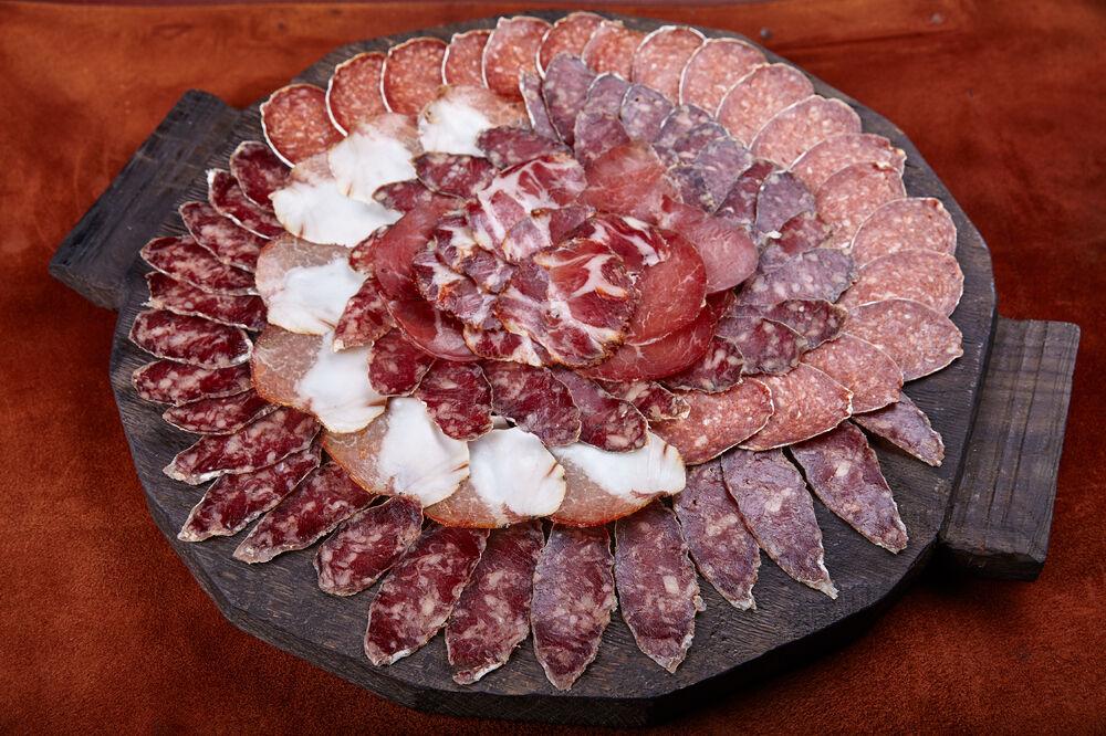Europ meat plate