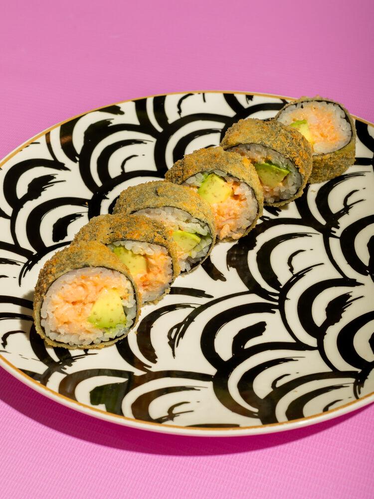 Tempura roll with crab