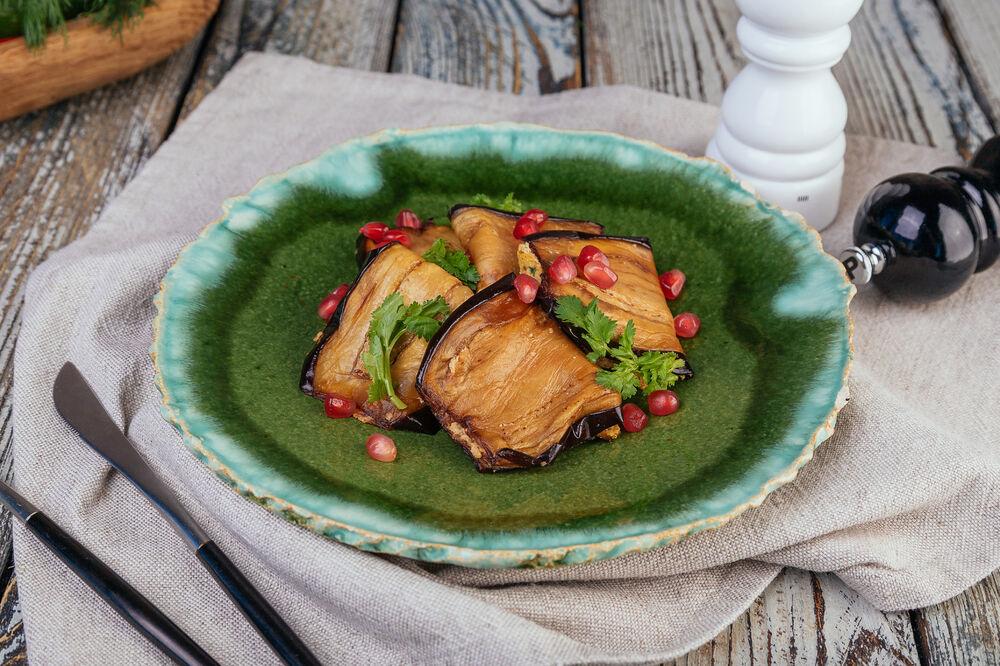 Eggplant rolls in Georgian style