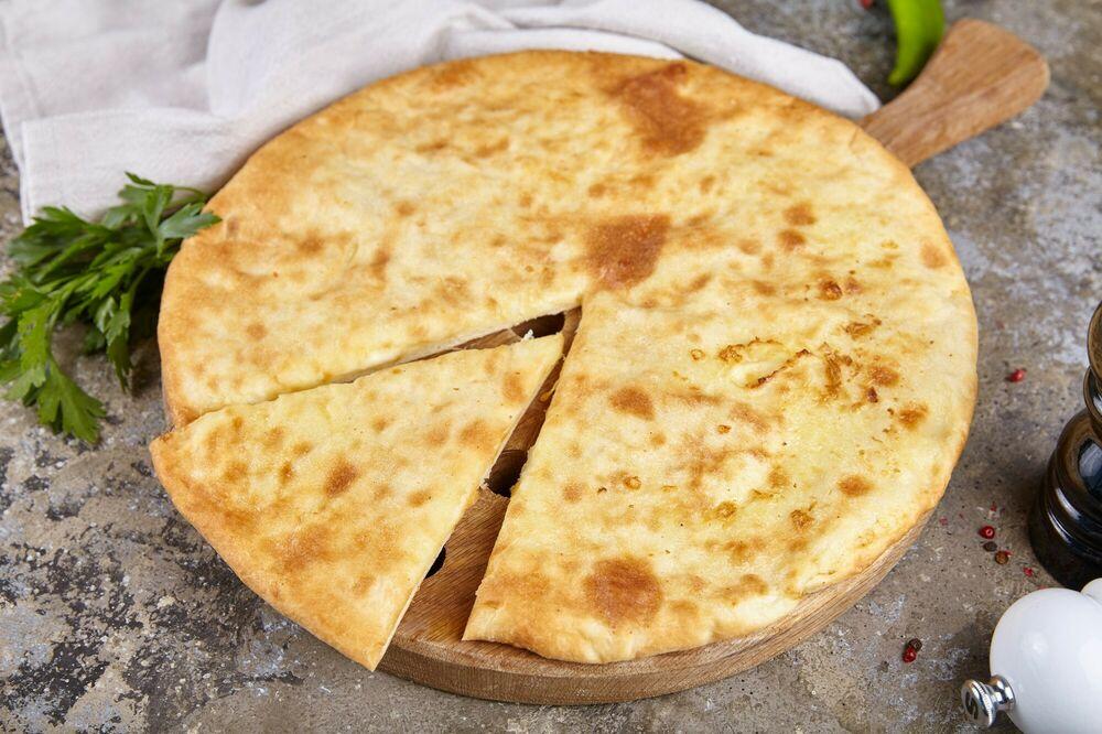 Ossetian pie with lamb