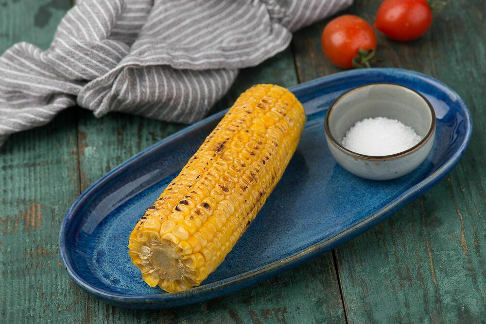 The corn cob on charcoal