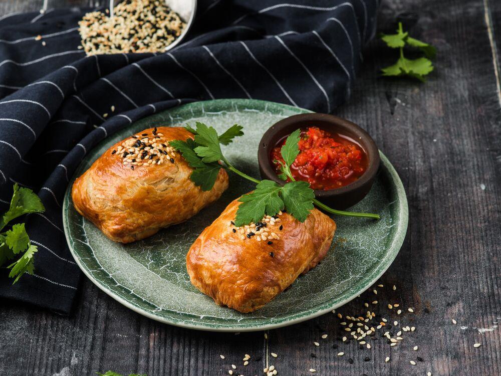 Samsa with chicken