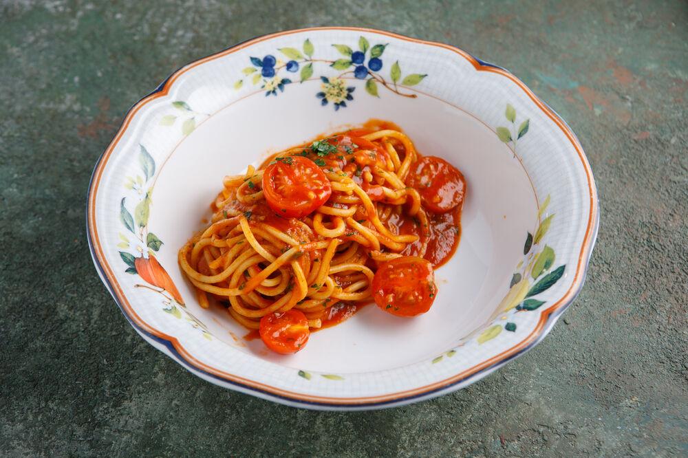 Spagetti s cherri