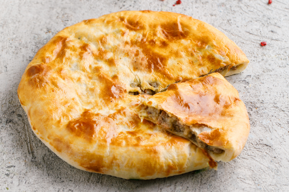Pie with lamb and potatoes