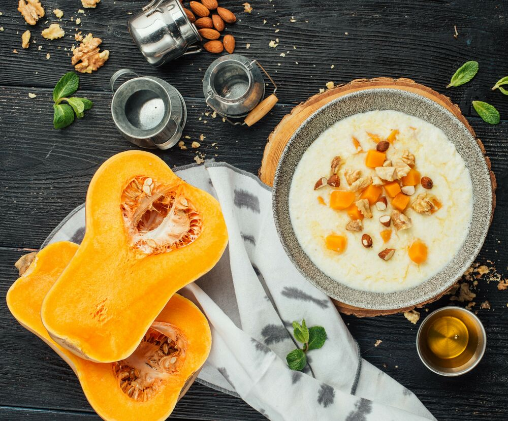 Millet porridge with nuts and pumpkin.