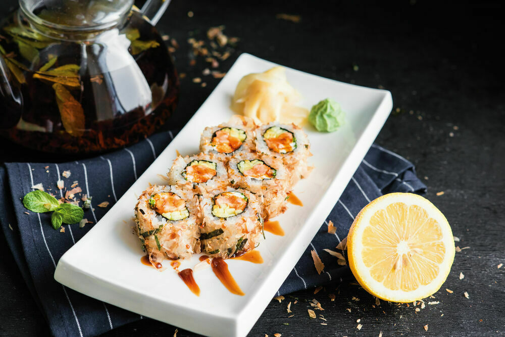 Bonito roll with eel