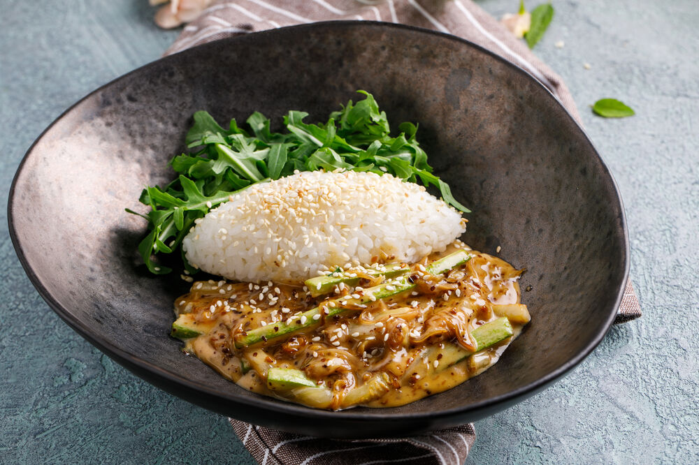 Japanese rice with zucchini and nut sesame sause