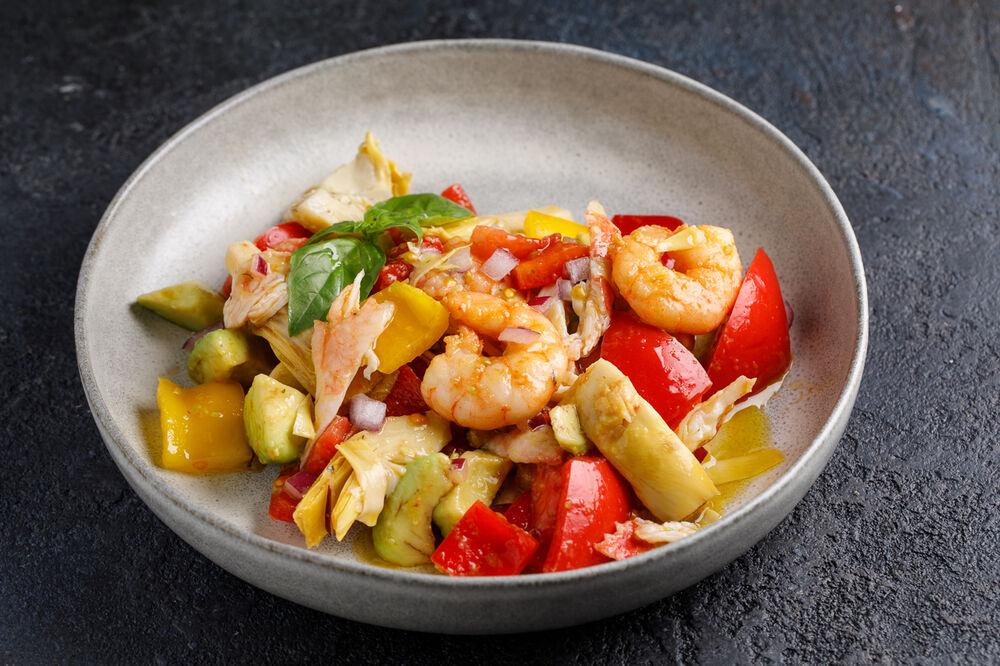 Shrimp and artichoke salad