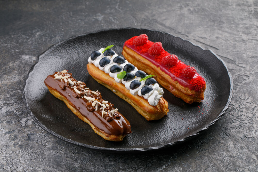 Eclair blueberry