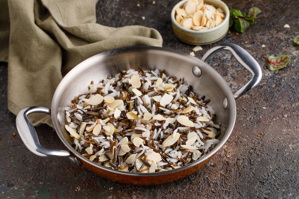 Mix of rice with almonds