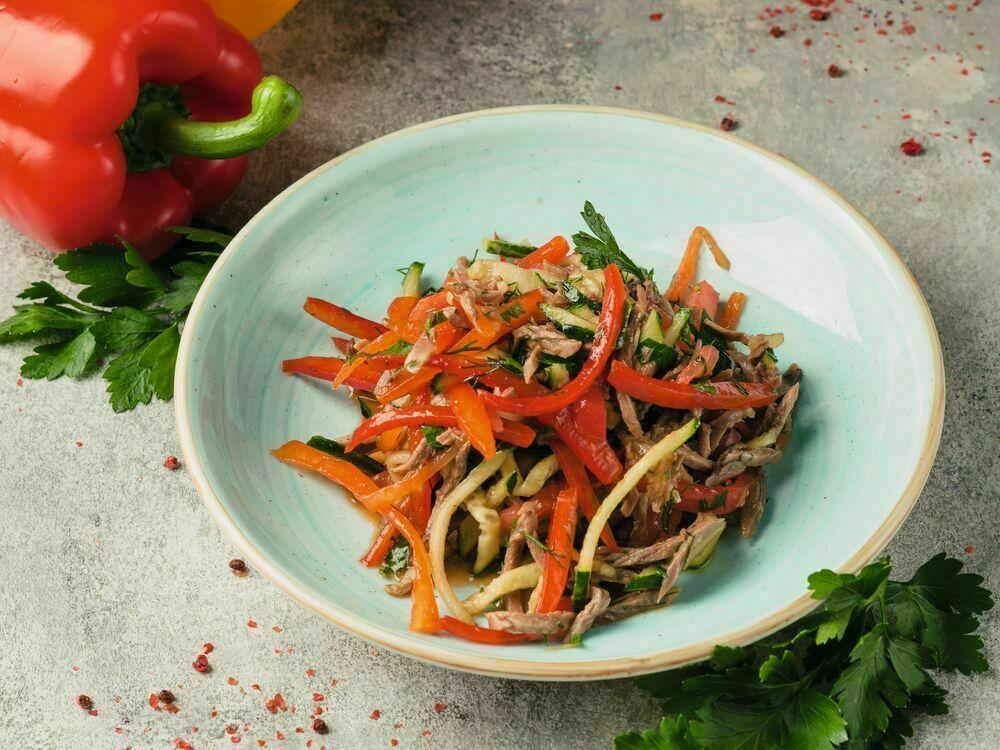 Yangiyul salad