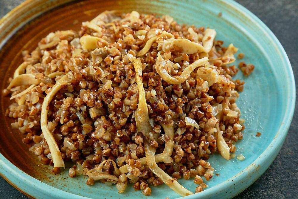 Buckwheat with seasonal mushrooms