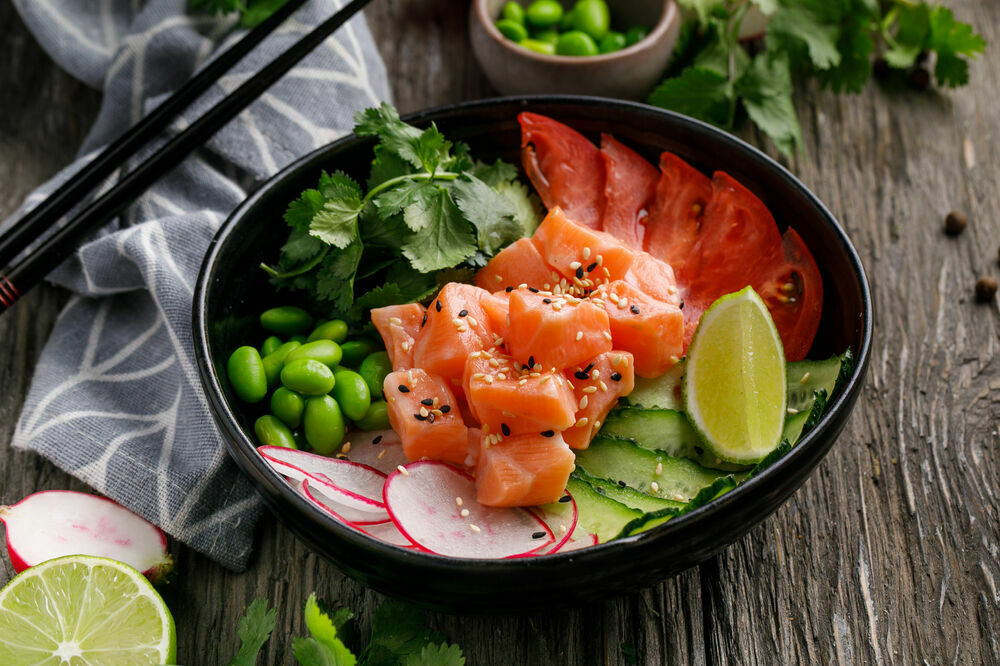 Poke with salmon