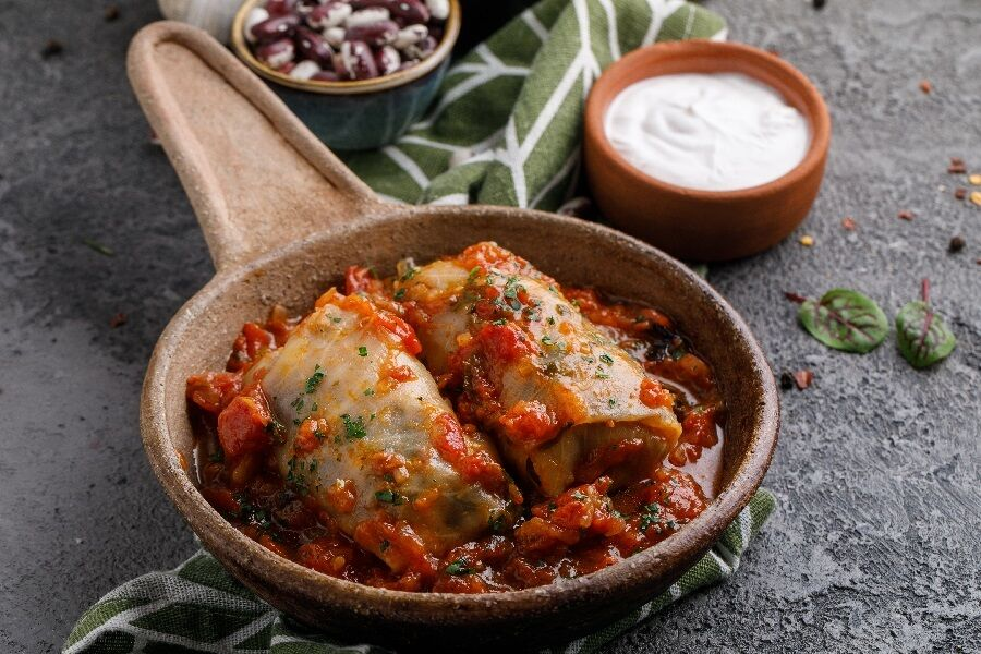 Cabbage rolls with beans and vegetables