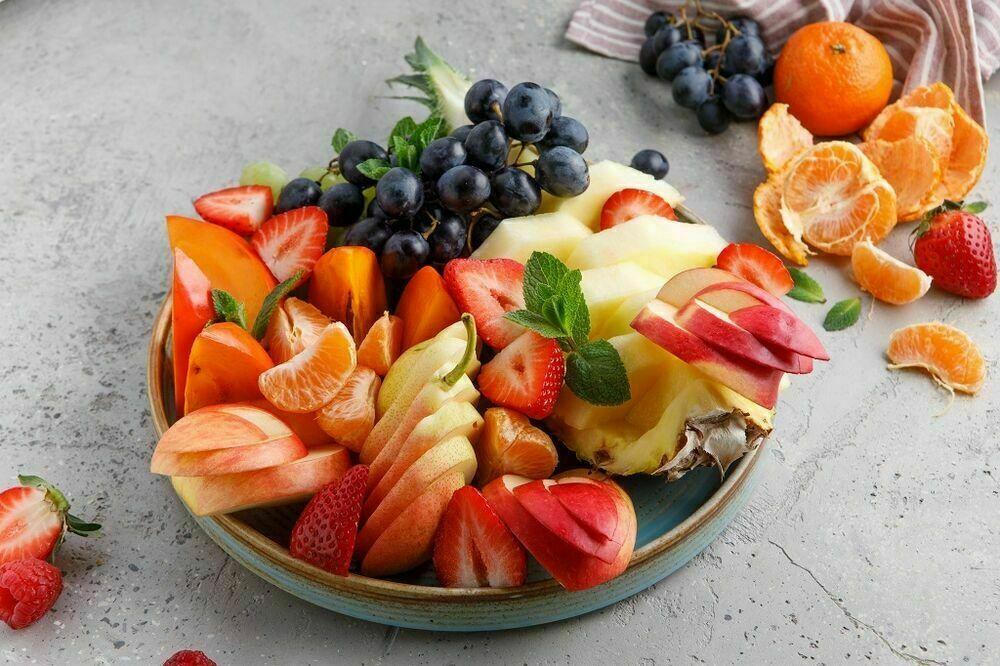 Seasonal fruits