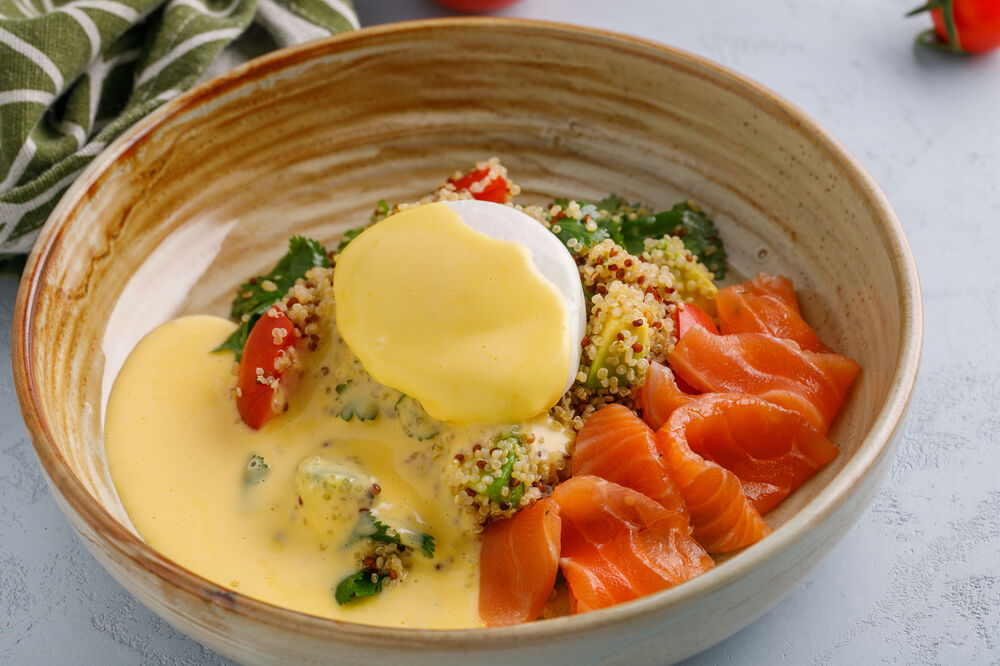 Quinoa with salmon and poached egg
