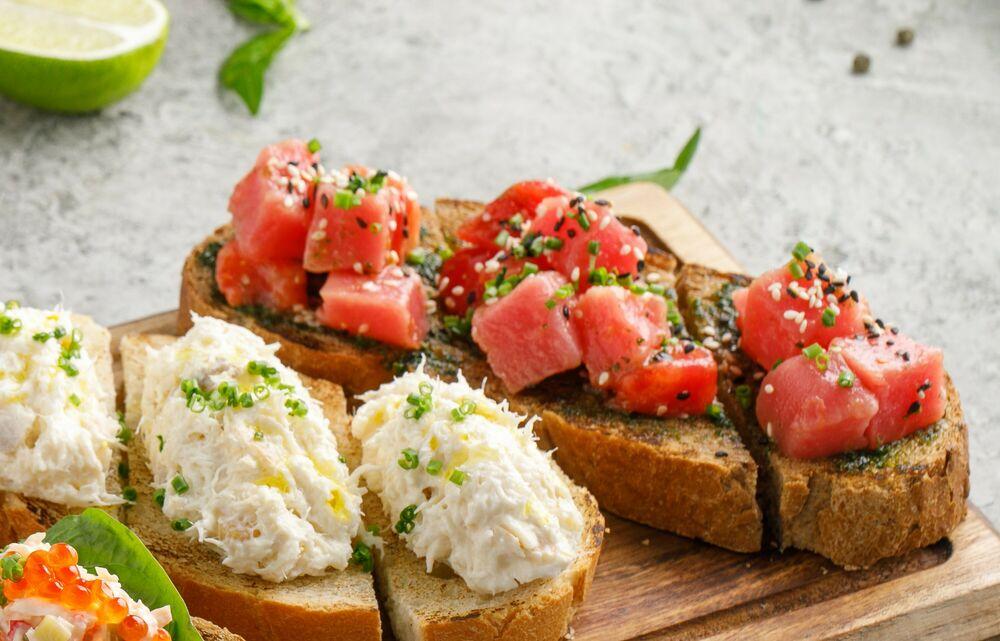 Tuna bruschetta