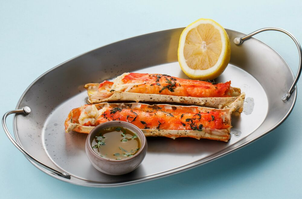 Baked phalanges of king crab