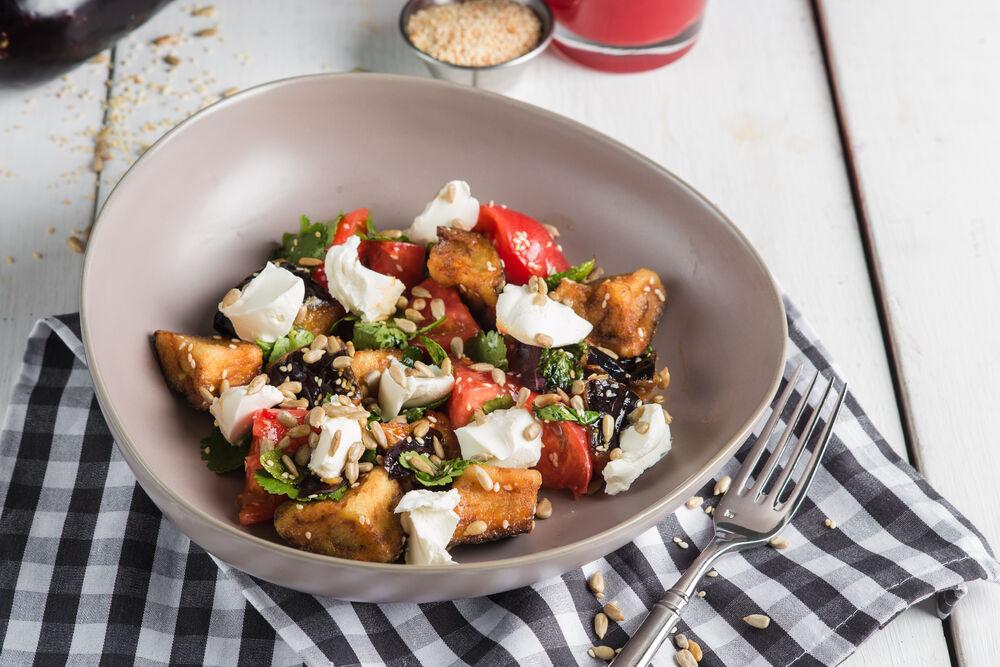 The crackling eggplants salad