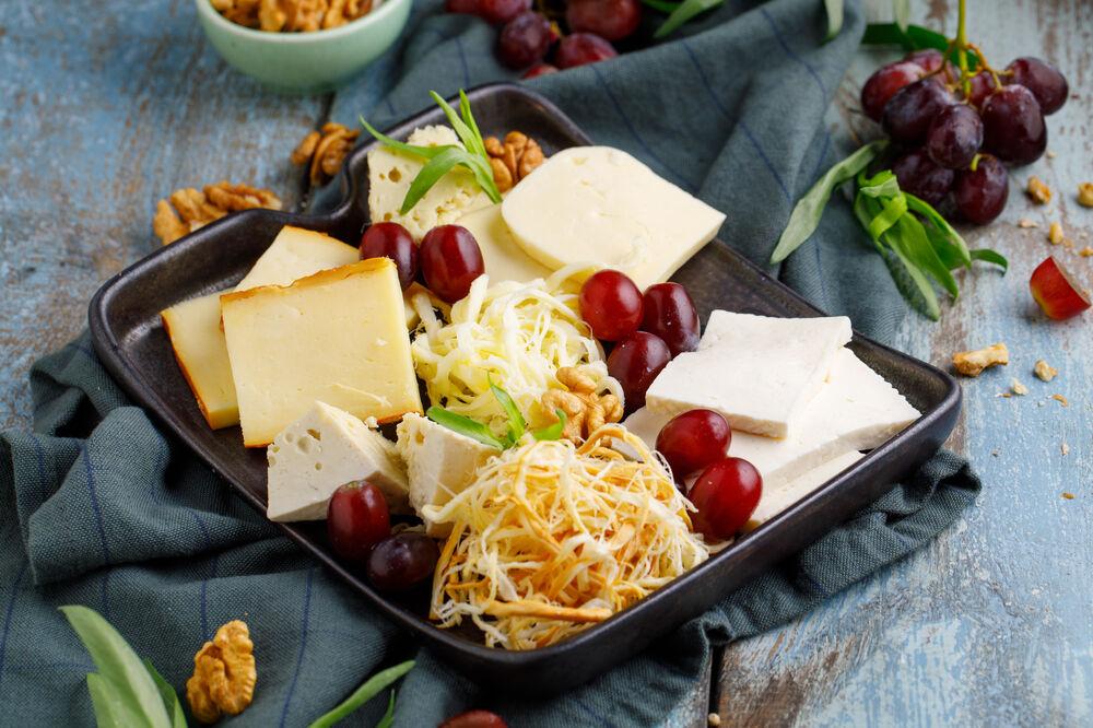 Homemade cheese set