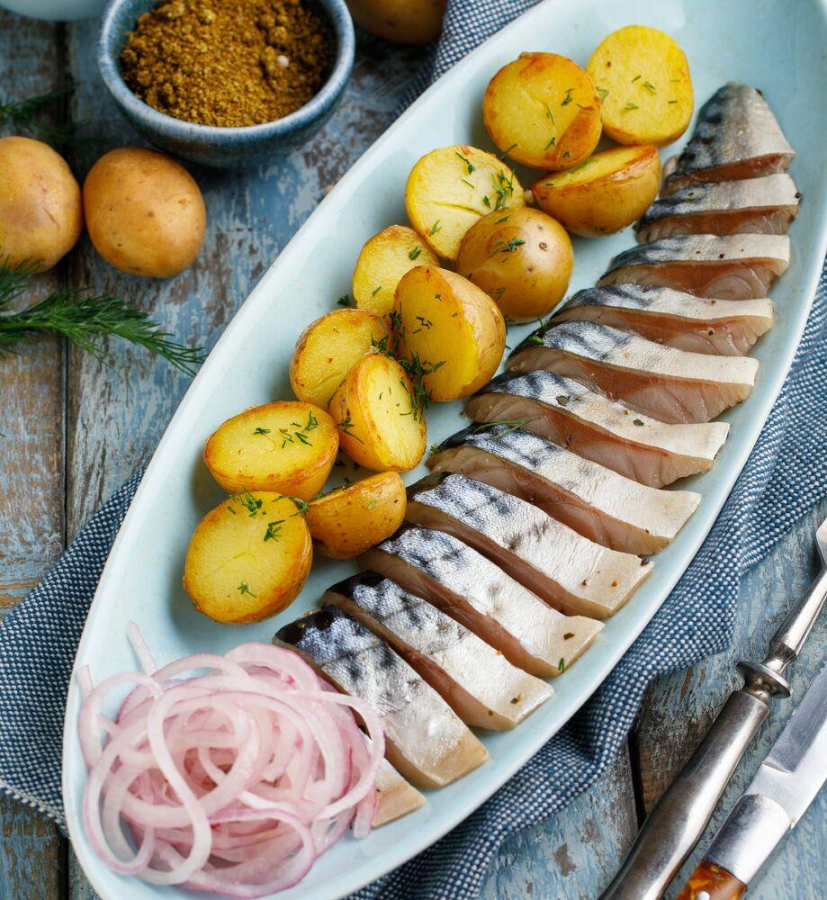 Mackerel with potatoes