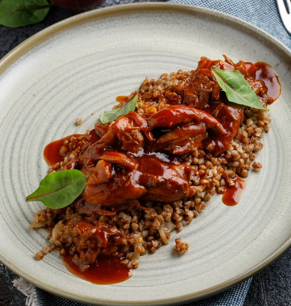 Buckwheat cereal with a stewed duck