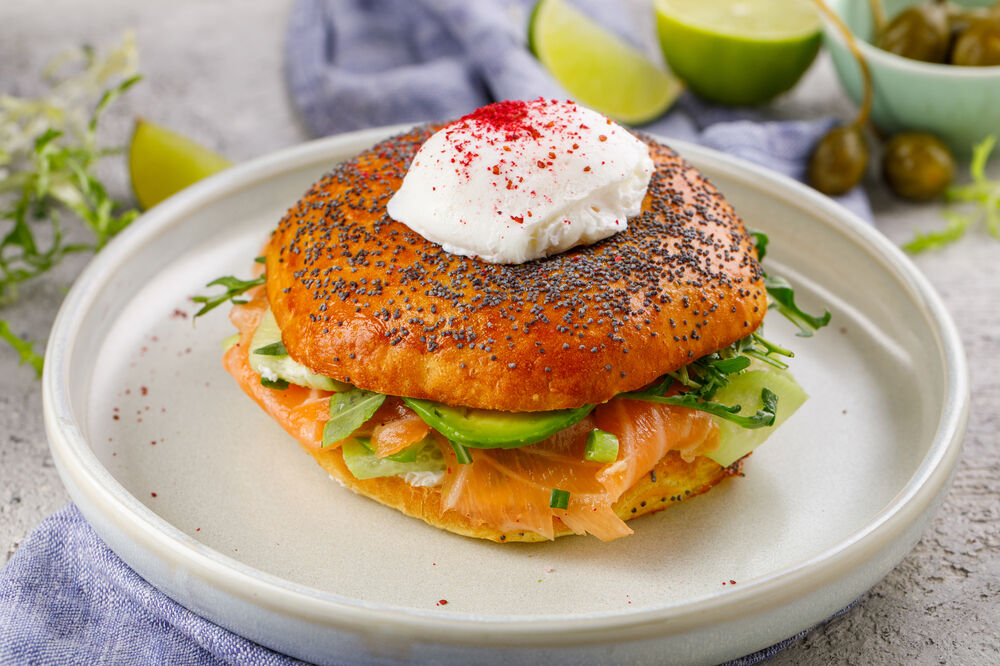 Bagel with salmon