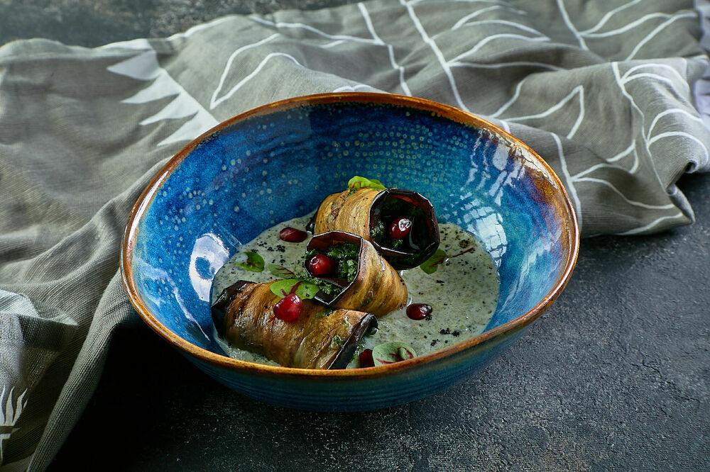 Eggplant rolls with minty nadugi